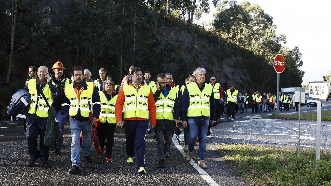 «Defendemos aos compañeiros de Avilés e Coruña pero tamén a nós mesmos»