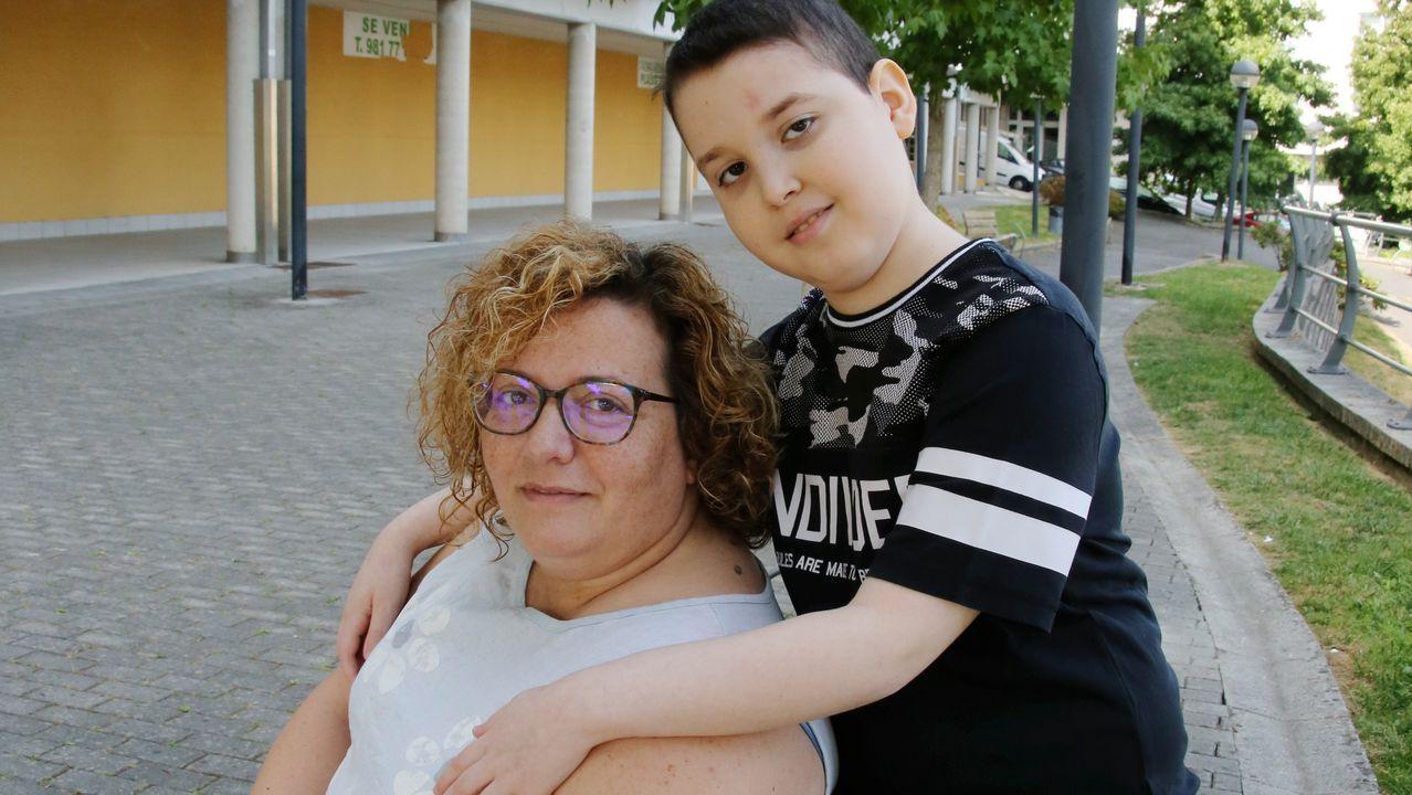 «Ahora todo el mundo dice meduloblastoma de carrerilla».Cementerio de San Pedro de Nós en Oleiros