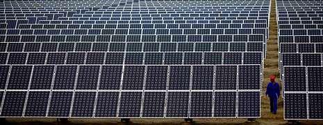 El debate sobre el estado de la autonomía en imágenes.Las centrales termosolares son las que cobran más por megavatio hora generado, aunque con la reforma energética dejarán de percibir prima.