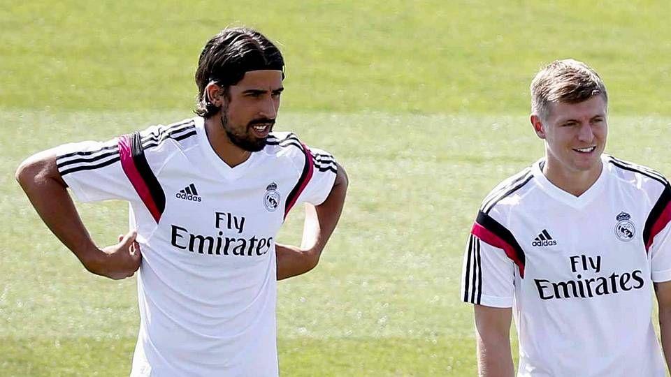 Khedira, con Kroos en un entrenamiento