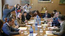 Vista general de la reunión de la Junta de Portavoces del parlamento asturiano