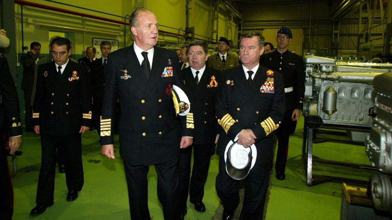 Visita a las instalaciones de la Armada en Ferrol en diciembre del 2003