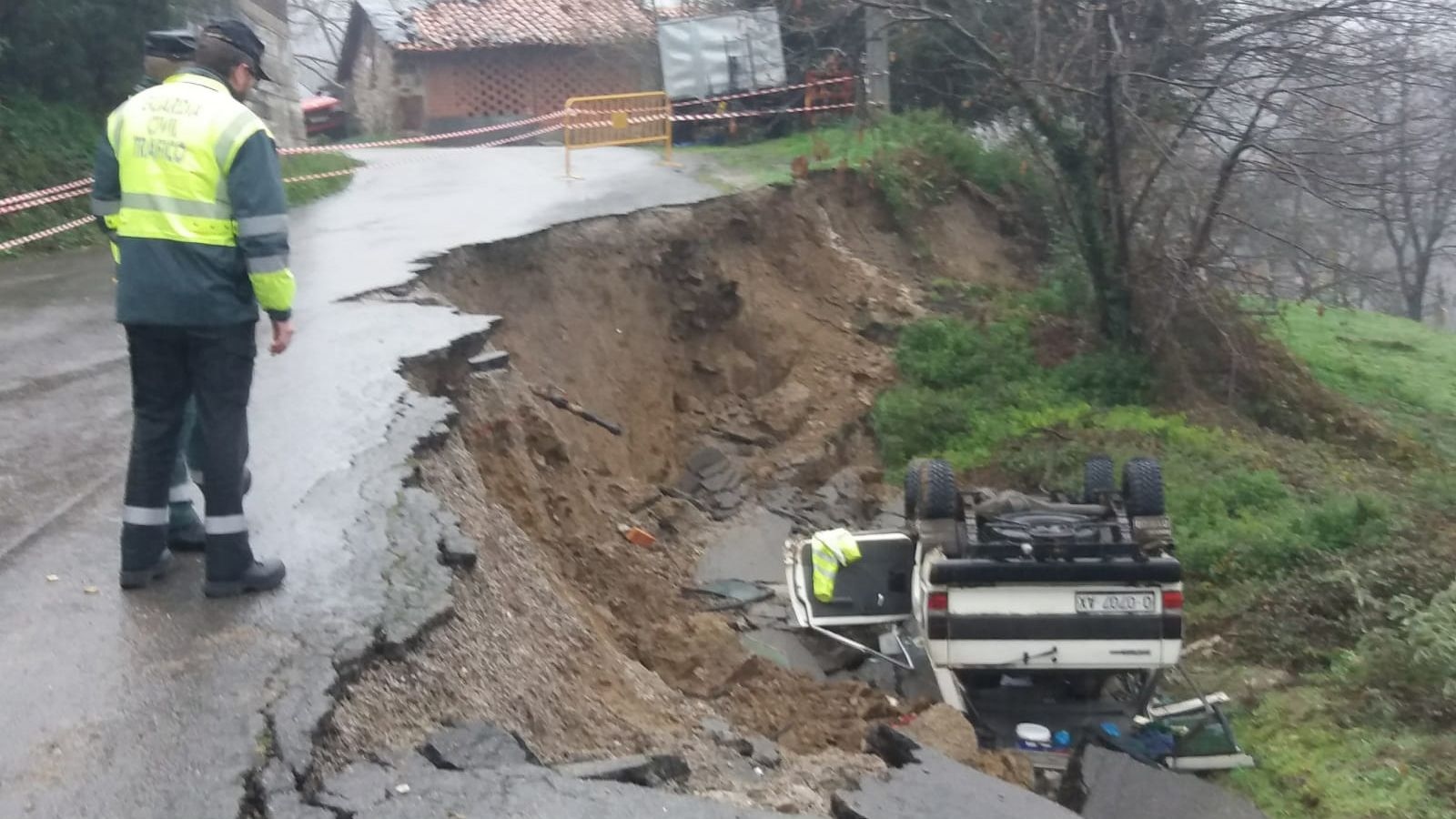 Las imágenes más duras del temporal.Hospital Valle del Nalón