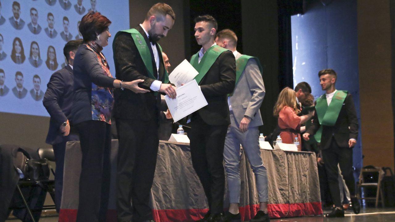 Acto de graduación de las tres carreras que se imparten en la Facultade de Ciencias da Educación e do Deporte de Pontevedra, que tuvo lugar en junio del 2019
