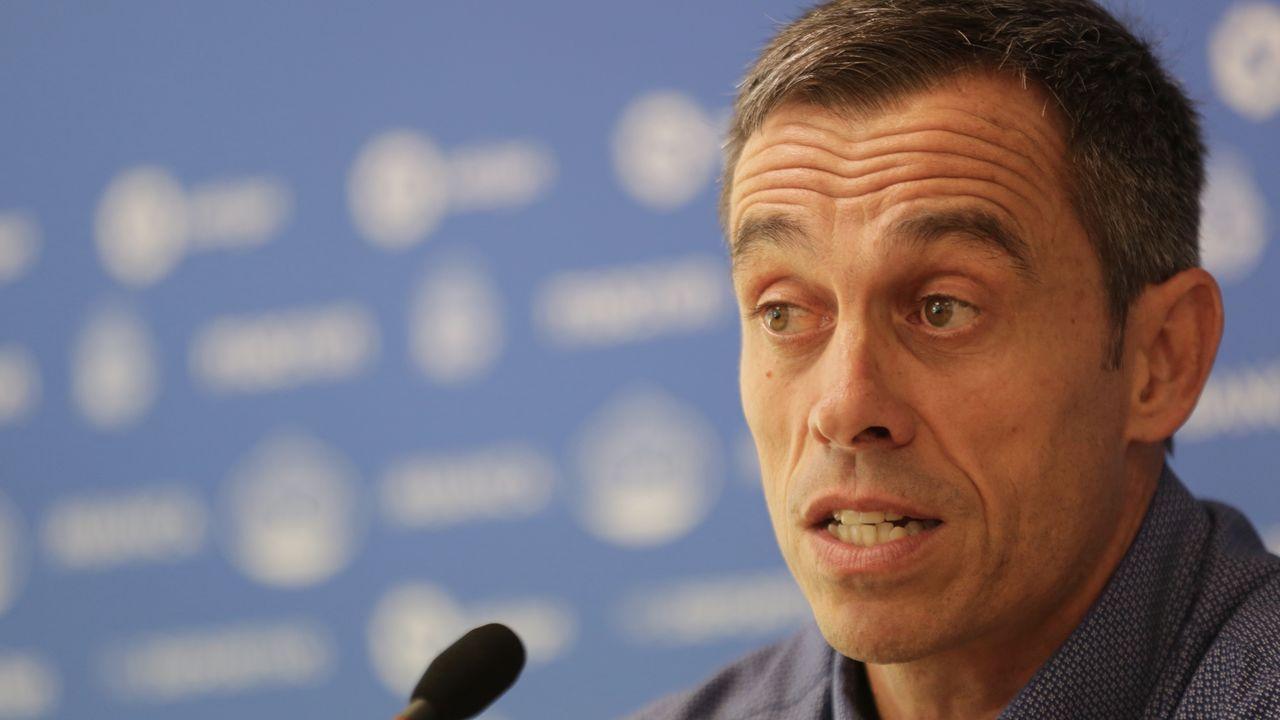 Christian Fernandez Renato Santos Malaga Real Oviedo La Rosaleda.Alfredo Ortuño posa como nuevo jugador carbayón