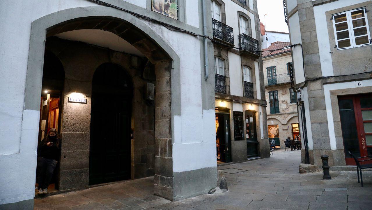 El pub Avante está situado en el cantón de San Bieito de Santiago