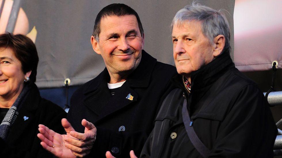 Arnaldo Otegi junto a su padre.