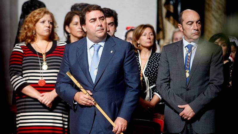 Actos del día del Rosario en A Coruña.Concentración en A Coruña contra el maltrato.