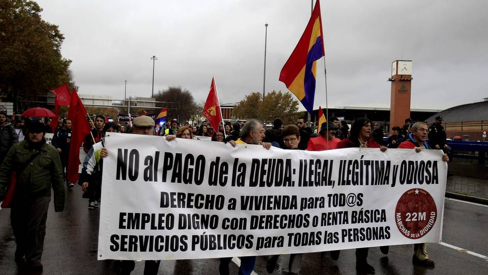 Las Marchas por la Dignidad recorren España.El presidente convocó a La Moncloa a los agentes sociales para negociar la nueva ayuda, de la que aún no se conoce la cuantía.