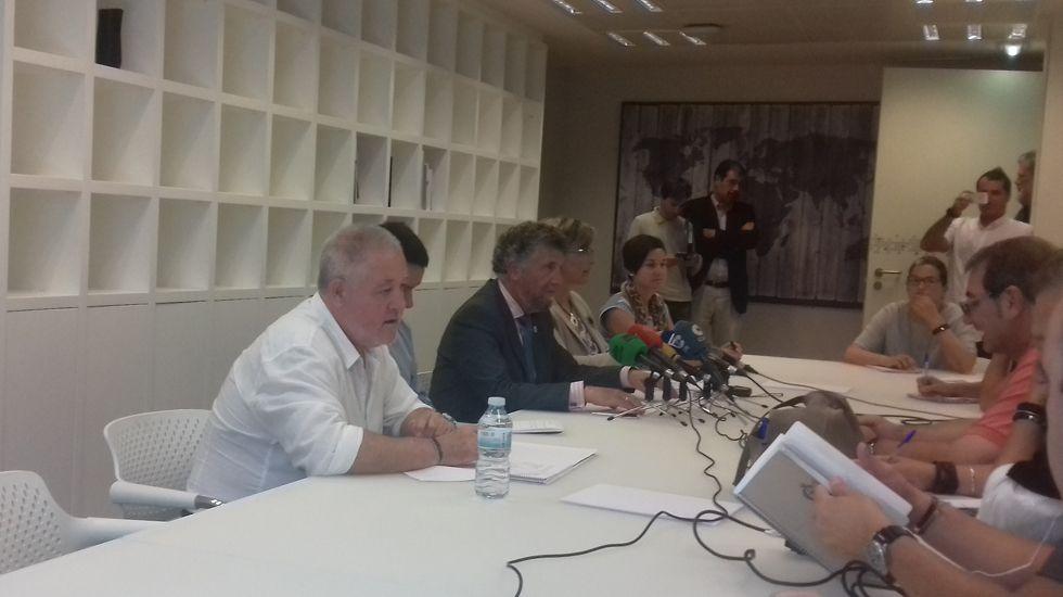 Javier Fernández Lanero, Pedro Luis Hojas y José Luis Alperi.Javier Fernández Lanero, Pedro Luis Hojas y José Luis Alperi