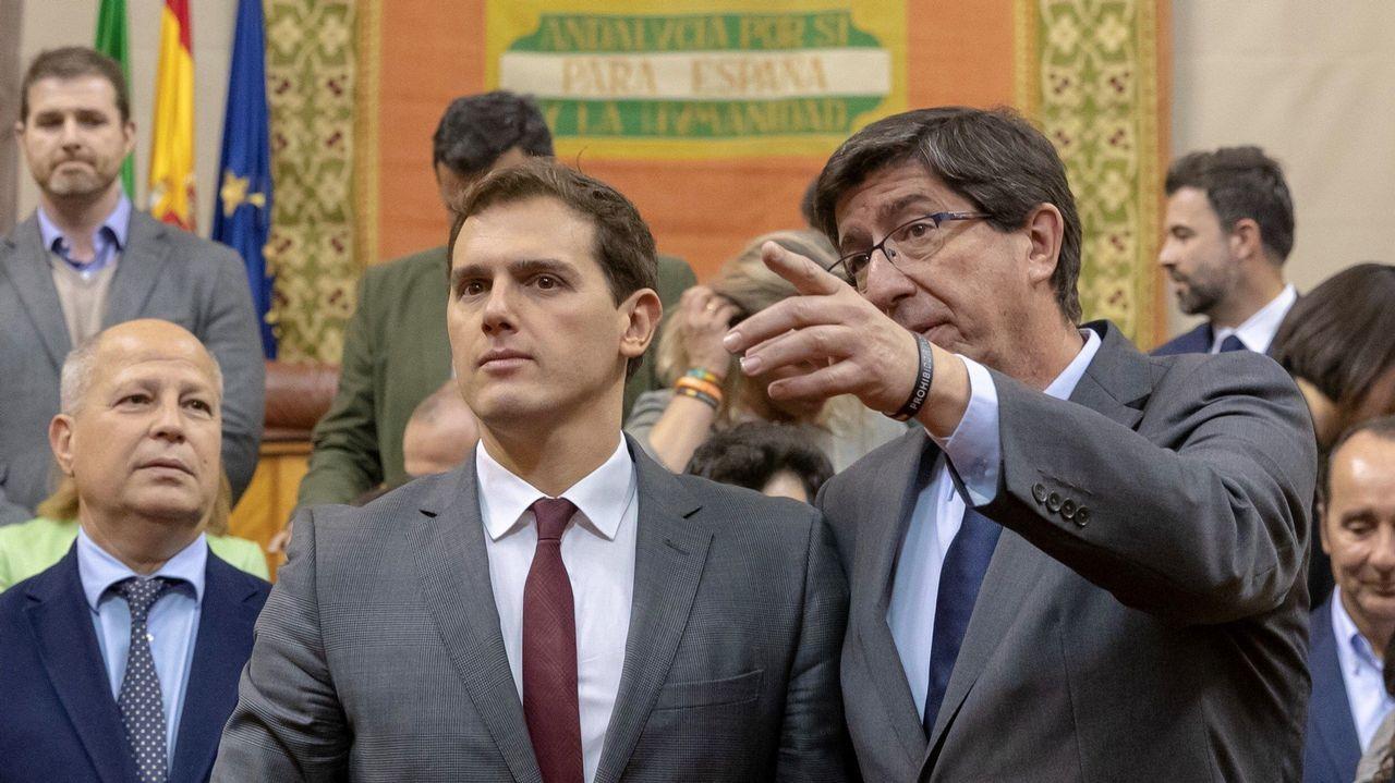 Juan Vázquez.Rodolfo Espina, Ignacio Blanco y Sergio Marqués, miembro de Vox Asturias