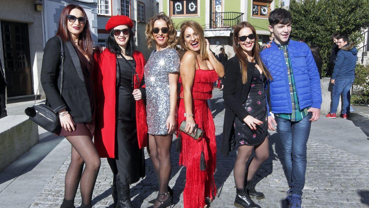 Los Reyes Magos ilusionan en Pontevedra.Foto tomada a las 17.48 horas del 9 de enero del 2020