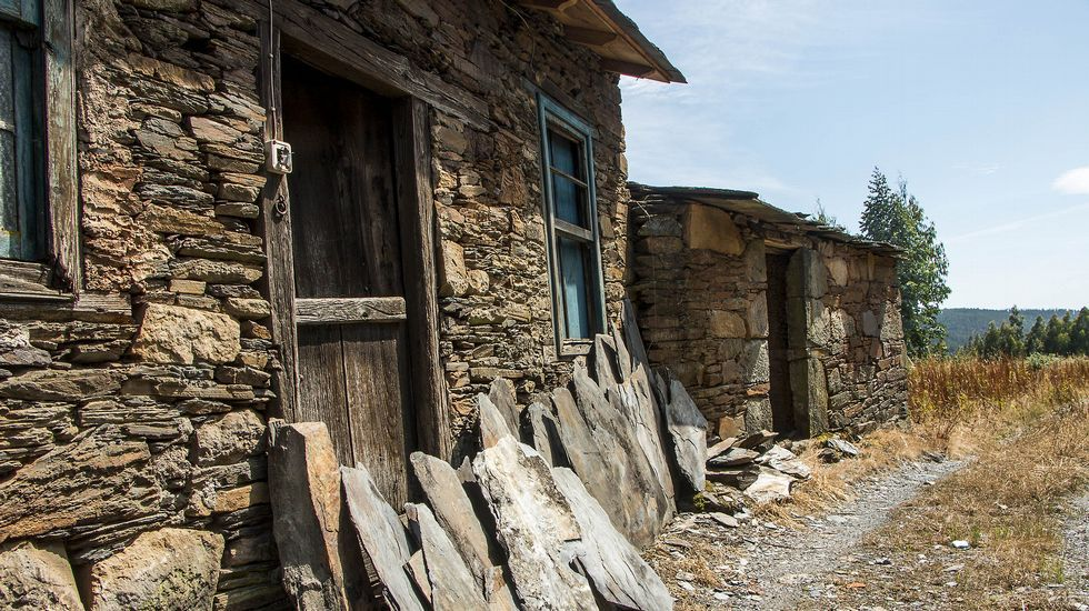 El abrigo rocoso conocido como Pena de María o Pena dos Mouros sirvió como fragua y también como refugio durante la Guerra Civil