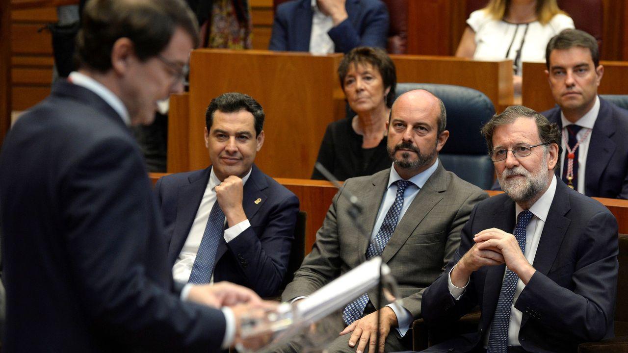 Alfonso Fernández Mañueco estuvo arropado en su toma de posesión, entre otros, por el expresidente del Gobierno Mariano Rajoy