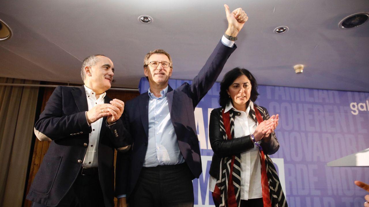 Los principales candidatos del 5A para las autonómicas.Foto de archivo de un pleno en Muros