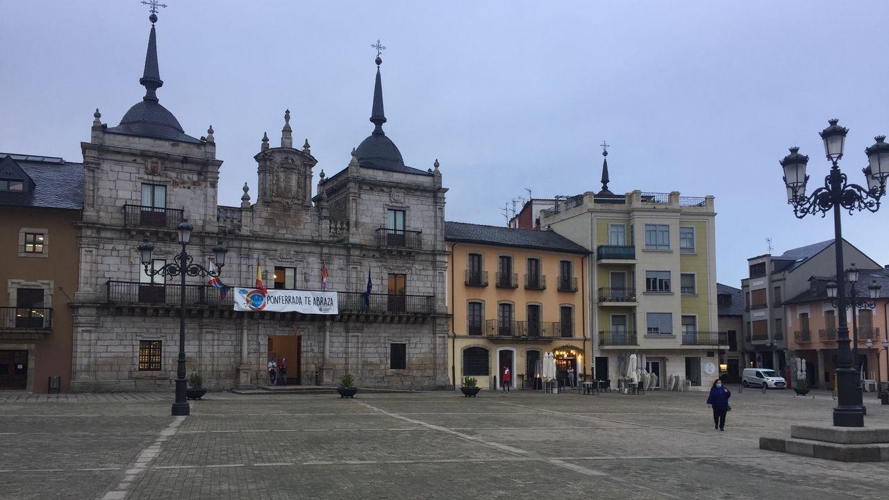 Plaza del Ayuntamiento de Ponferrada en la mañana del jueves
