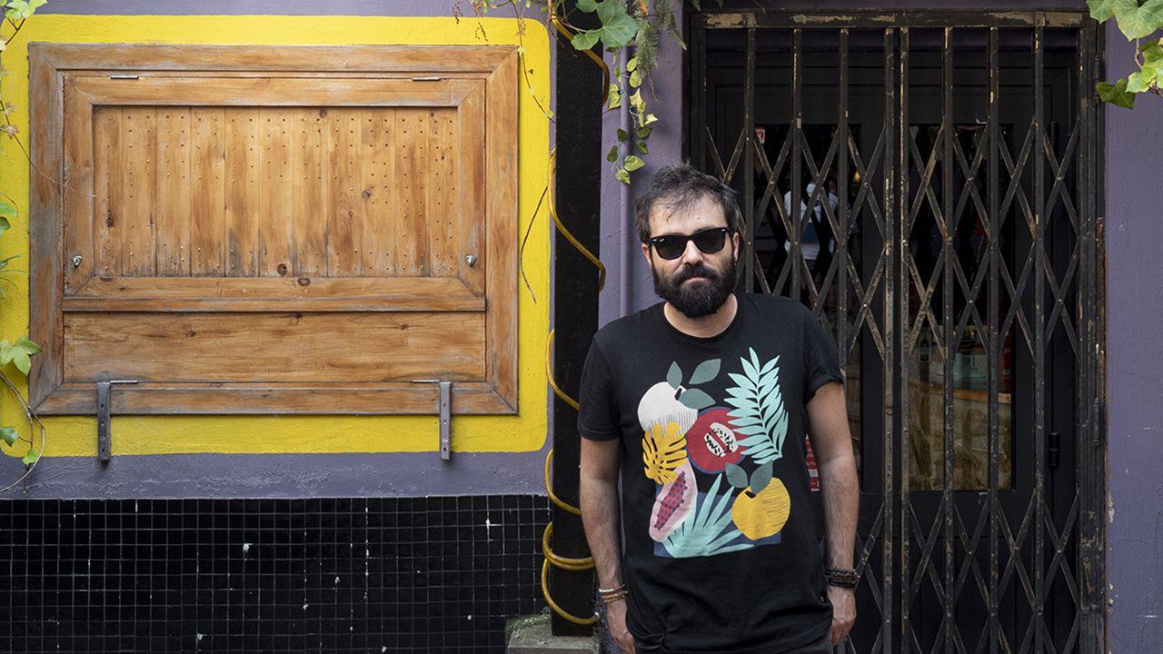 Redes sociales.Alberto García, guitarrista y cantante de una de las bandas asturianas del momento