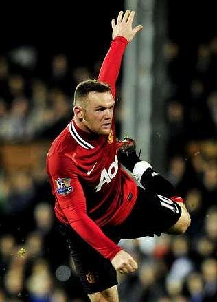 Regreso a Barcelona con el tercer Balón de Oro.Wayne Rooney. <span lang= es-es >afp</span>
