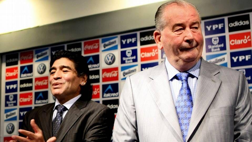 La nueva polémica de Maradona.Grondona, con Cristina Fernández y Maradona