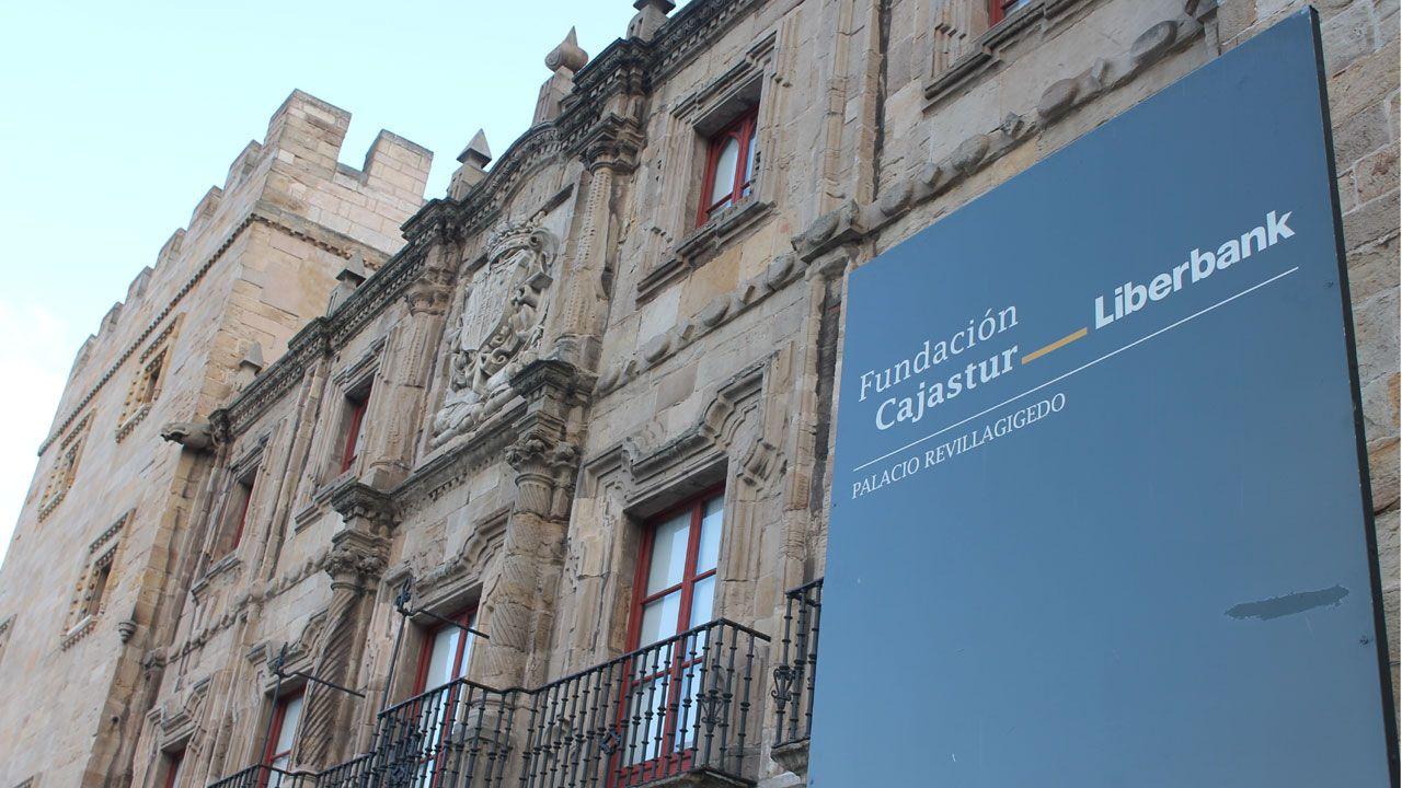 Fachada del Palacio de Revillagigedo