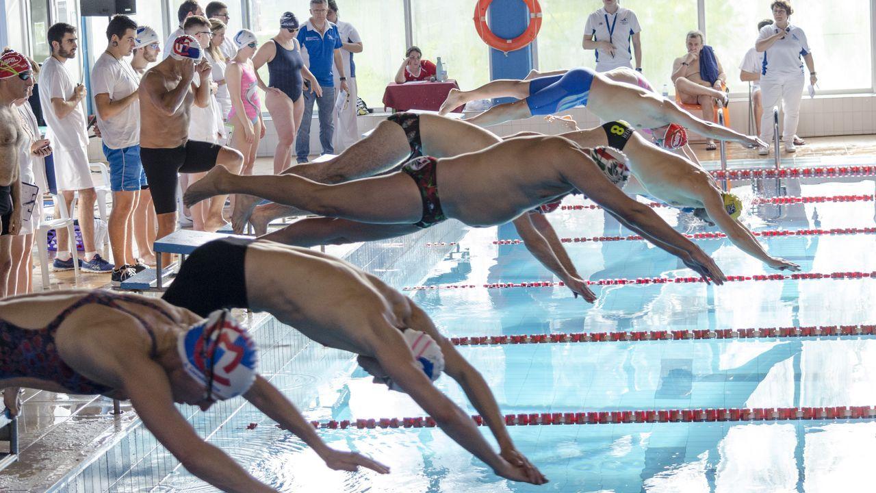 Los clubes Escualos y CNPO participaron en el campeonato de fondo en Santiago.