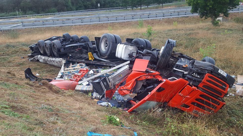 Muere un camionero de Ferrol en un accidente en Lugo.Labajjo en una presentación artística en el año 2012