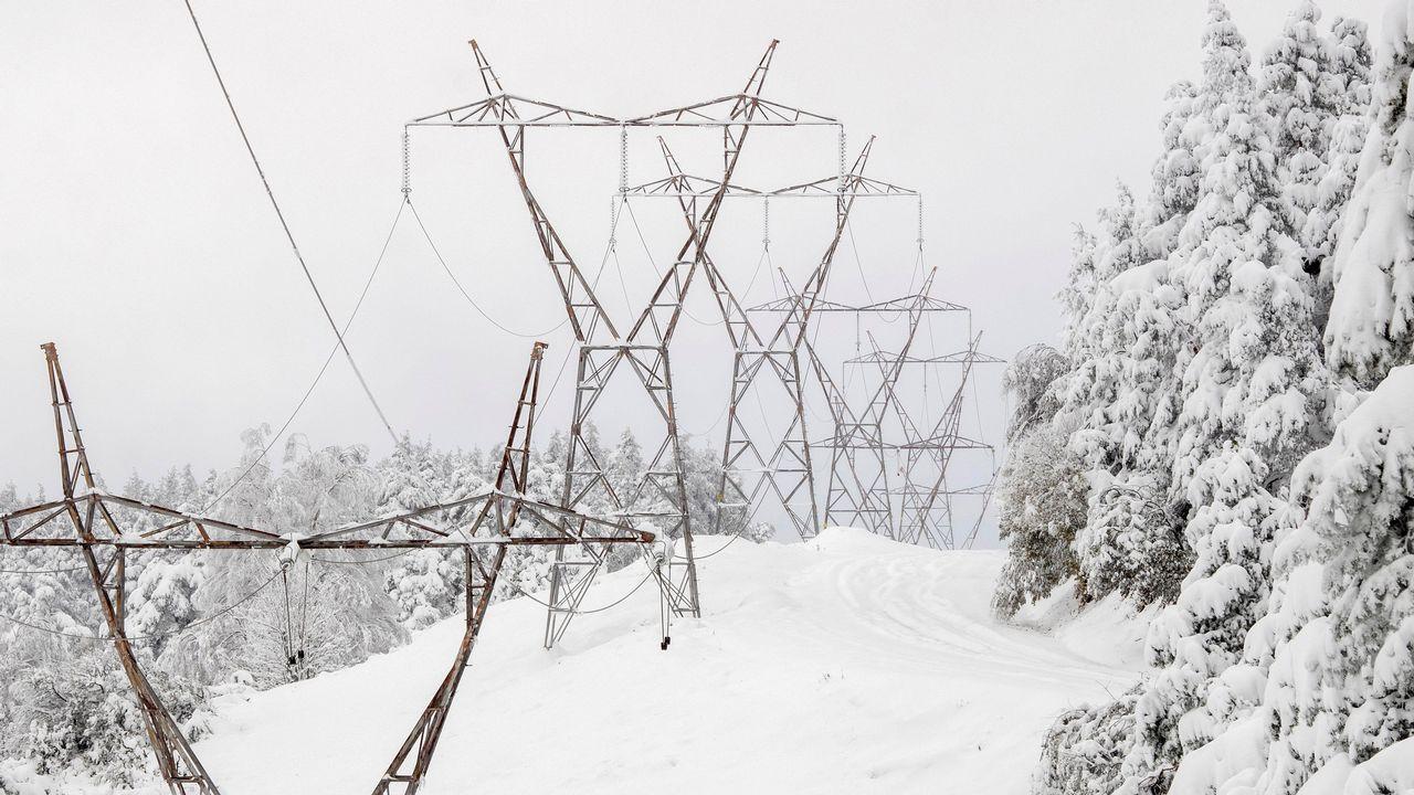 ¿Qué tiempo hará este puente?.La estación de esquí de Pajares cubierta de nieve y hielo
