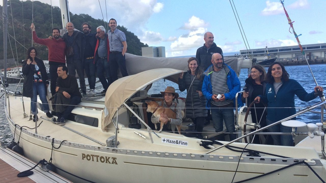 Llegada del rey emérito a Sanxenxo para presentar la Quinta regata Juan Carlos I.O Pros partindo do porto de Sevilla