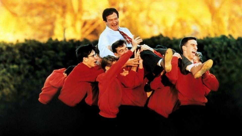 Robin Williams en «El club de los poetas muertos»