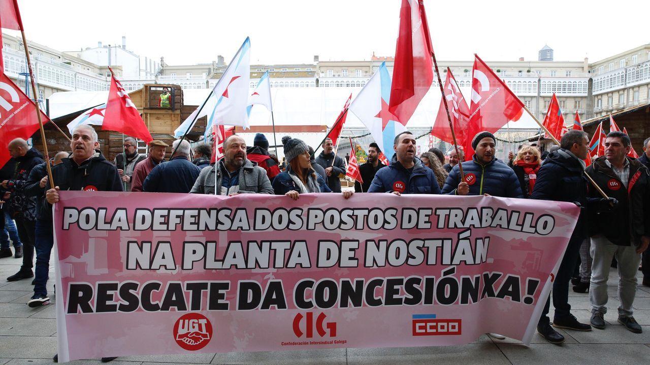 Entramos en la estación intermodal de A Coruña.Protesta de los trabajadores de Albada
