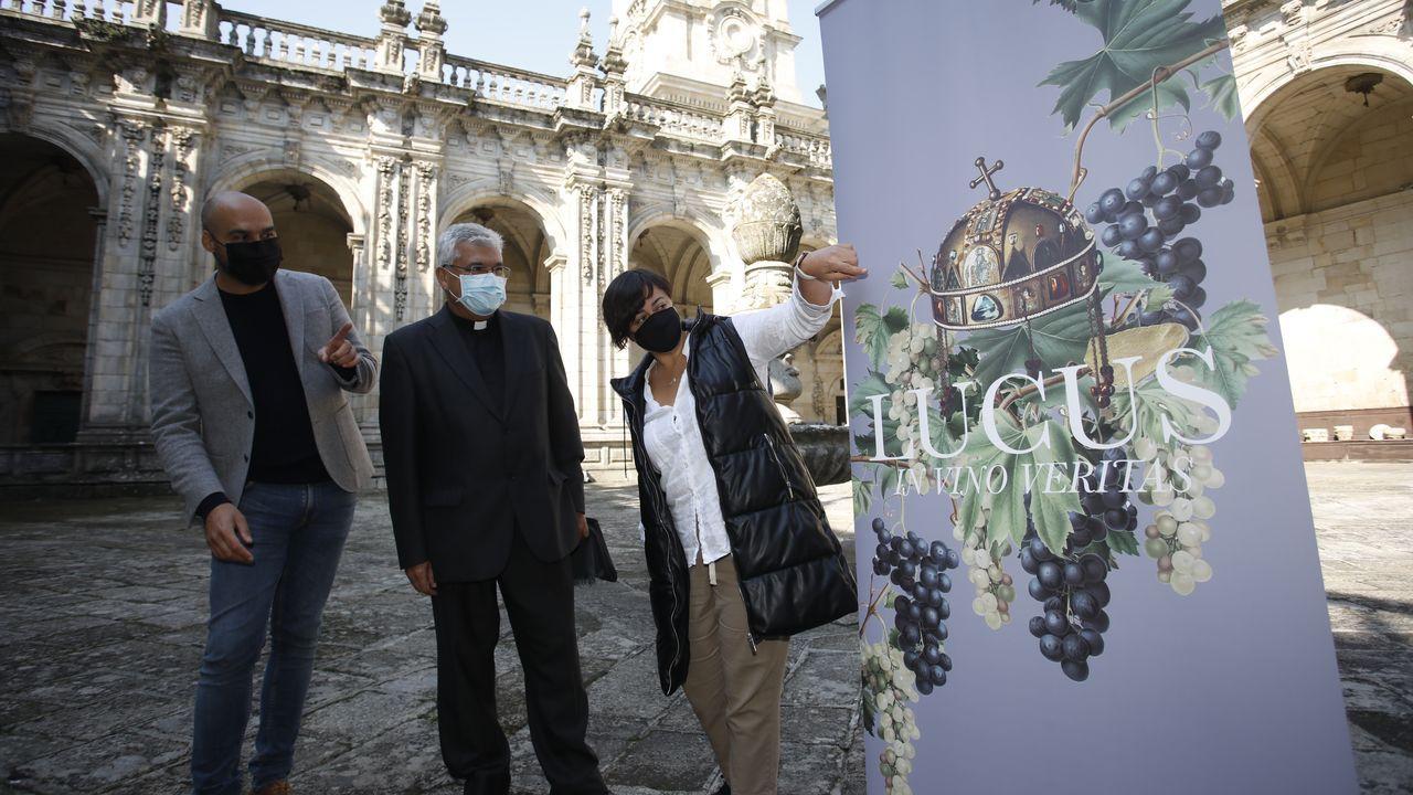 Más de 70 años y varios intentos de desalojo: «Aquí en Lugo hemos pasado frío y mucha miseria».Presentación no claustro da catedral de Lugo da feira vino Lucus in vino Veritas