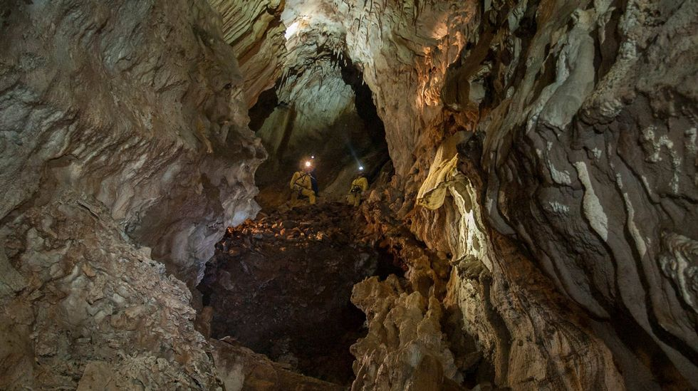 Otro aspecto de una de las salas mayores de la caverna