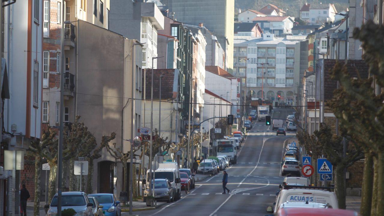 Calles casi vacías en Fene