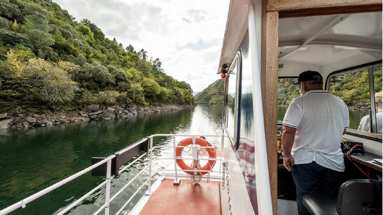 Los paseos fluviales se seguirán ofreciendo de miércoles a domingo durante este mes y el próximo