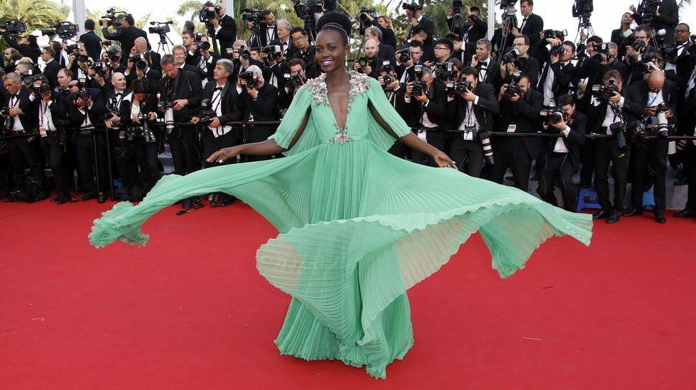 Lupita Nyong'o de Gucci durante la alfombra roja