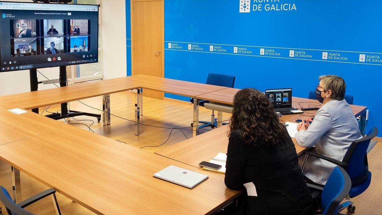 Visita de la conselleira do Mar, en marzo del 2020, a Corcubión
