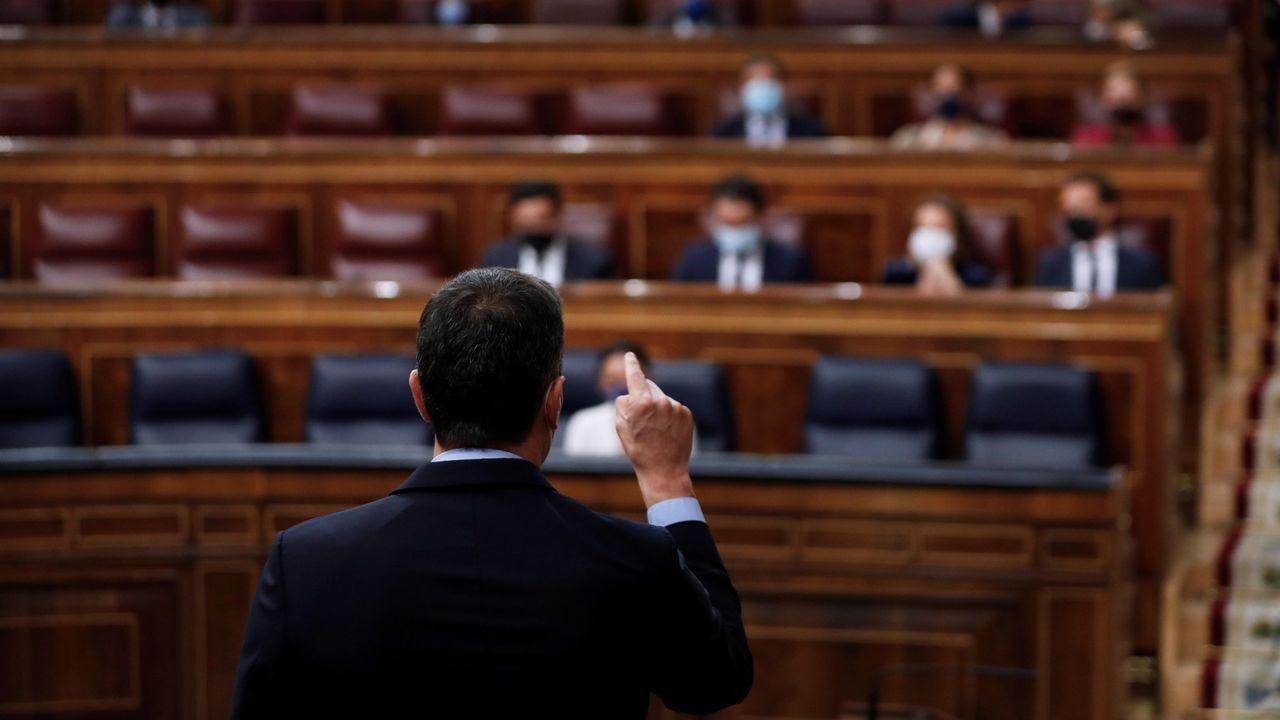 El presidente del Gobierno, Pedro Sánchez, en una sesión de control al Ejecutivo