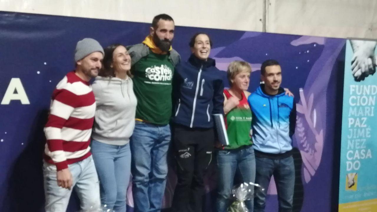 Ganadores de la Nocturna do Xalo, que reunió  a más de 300 deportistas.