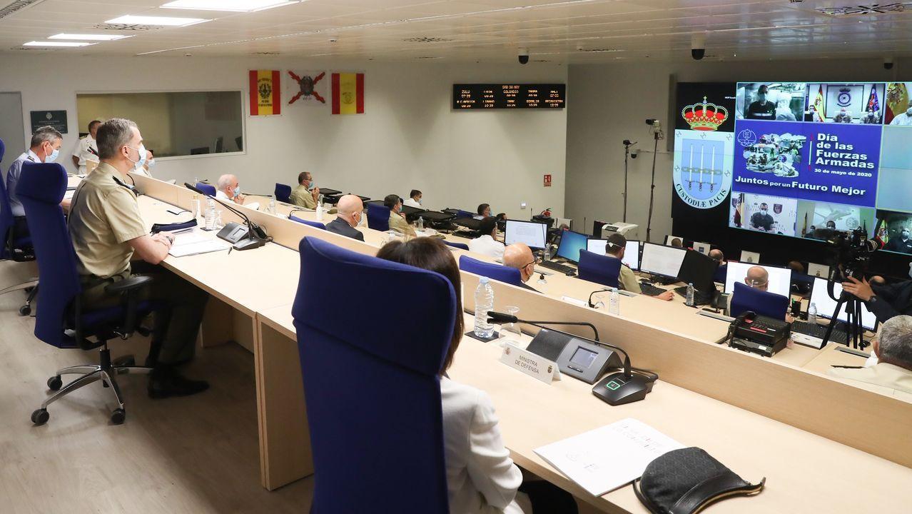 El rey asegura que «aún quedan tiempos difíciles» pero que España «es un gran país» que sabe vencer las dificultades.Ilustración de Mohamed Sidi Brahim Basir