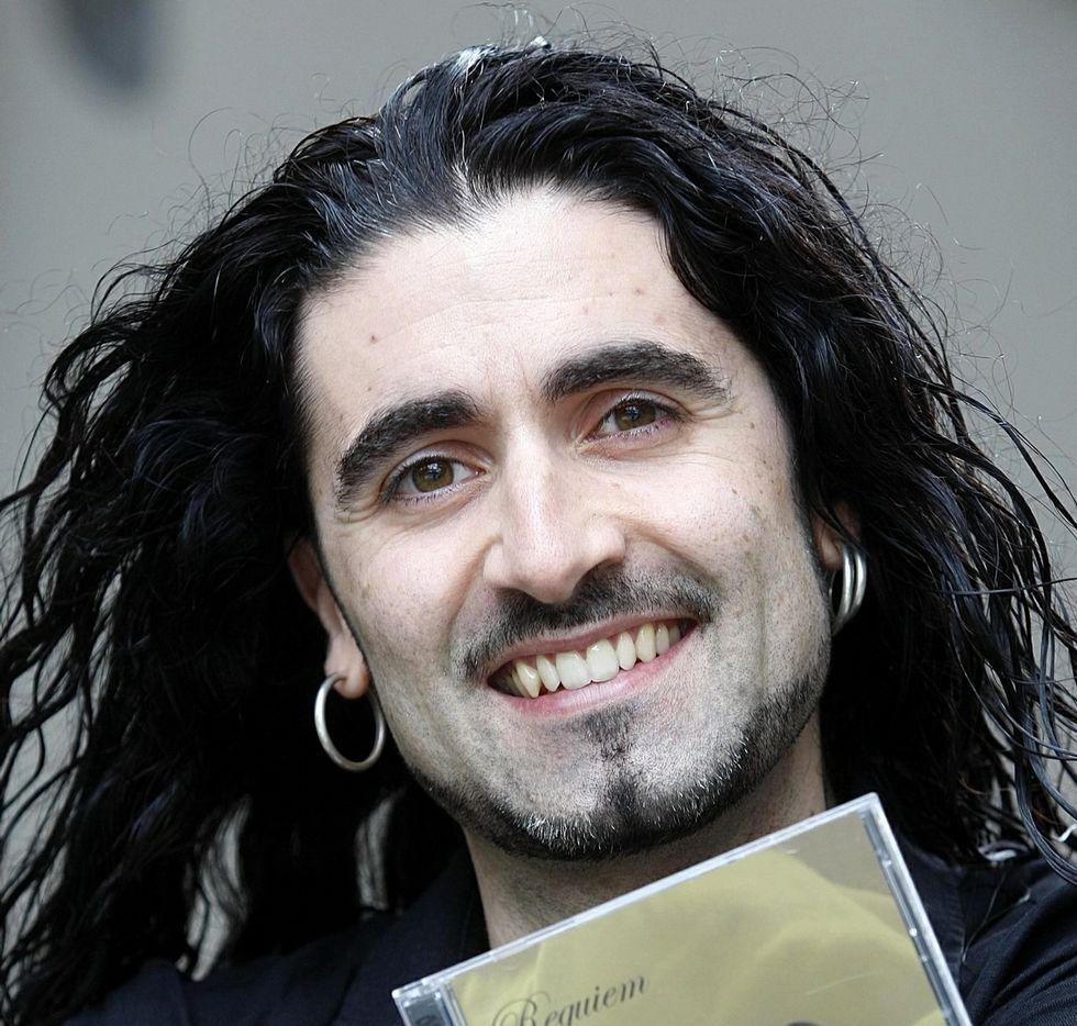 Santiago Campillo durante un concierto.