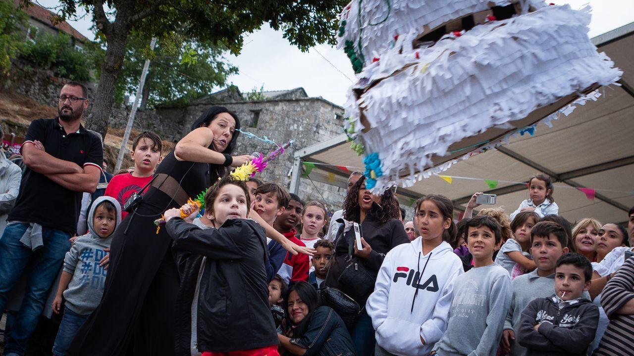 Mariachis, color y tradición: así fue la XV Fiesta Mexicana de Avión, en imágenes.Siri Hustvedt e Isabel Carrera, sobre el escenario del Jovellanos, en Gijón