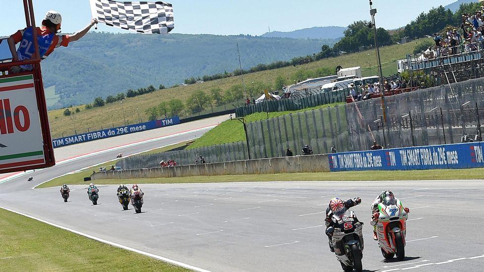 Explosión en la carrera de Moto2 en Motorland