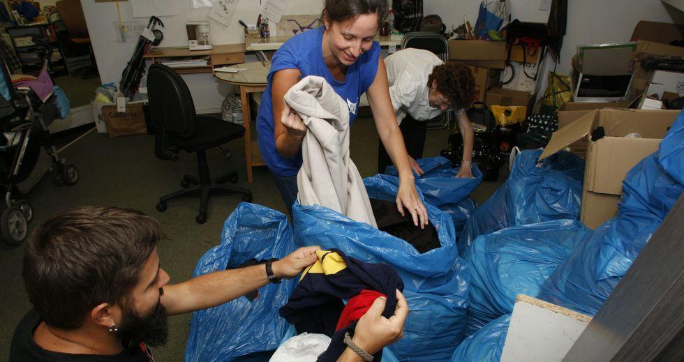 Boa Vida Trapera ha recibido más de novecientas donaciones de ropa desde que comenzó su actividad en el mes de abril.