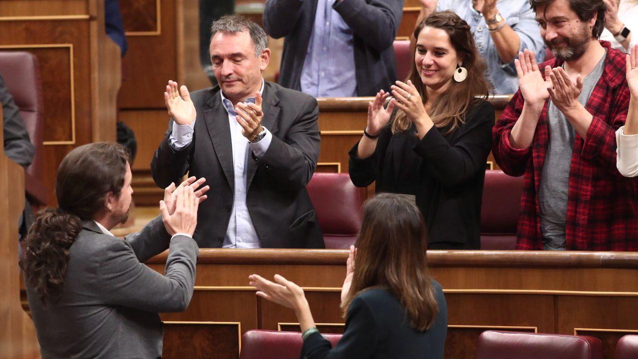 Julio Alberto, ex jugador del Barça, critica al club por involucrarse en la situación política de barcelona.Pablo Iglesias aplaude y recibe el apaluso de la bancada de Unidas Podemos, tras su intervención el miércoles en la  sesión de control al Gobierno en funciones