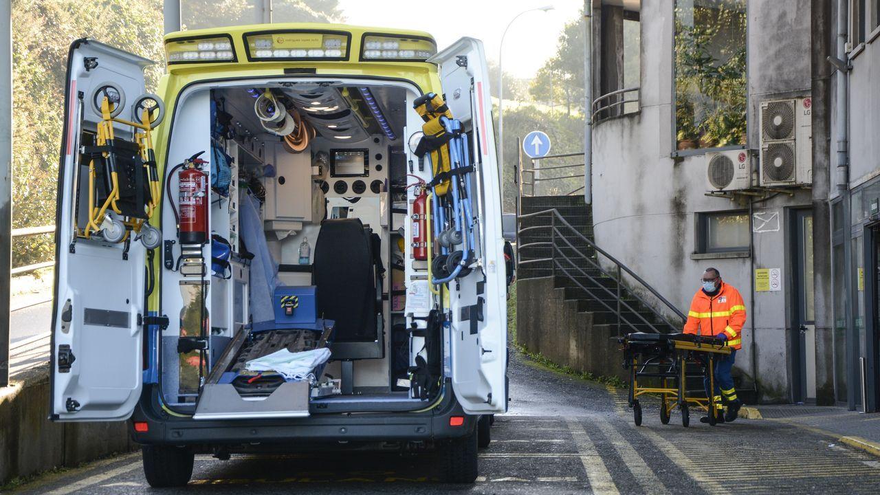 Entrada de urgencia del hospital Montecelo, en Pontevedra