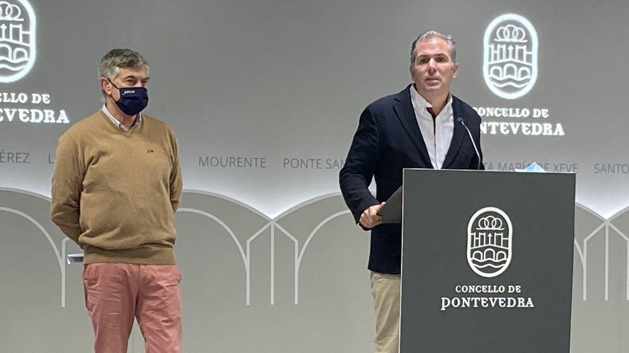 Gerado Pérez Puga y Rafa Domínguez en una comparecencia en el Concello de Pontevedra