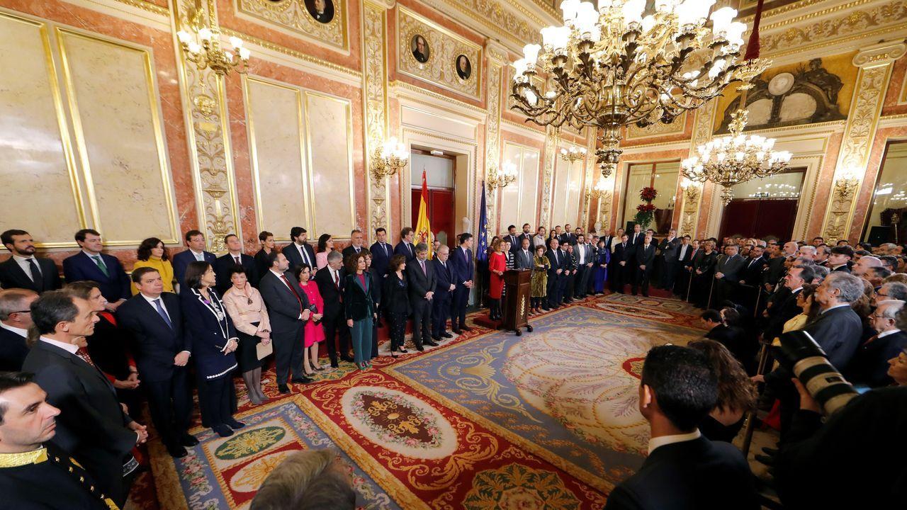 Sánchez comparece tras conocerse la decisión del rey de proponerlo como candidato.Sesión solemne de las Cortes con motivo de la celebración del 41 aniversario de la Constitución