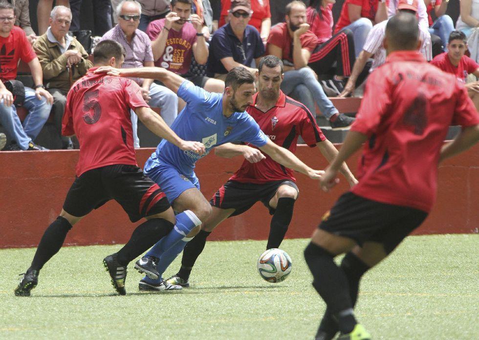 En la próxima liga no se reeditará el duelo entre pontevedreses y canarios del play-off de ascenso.