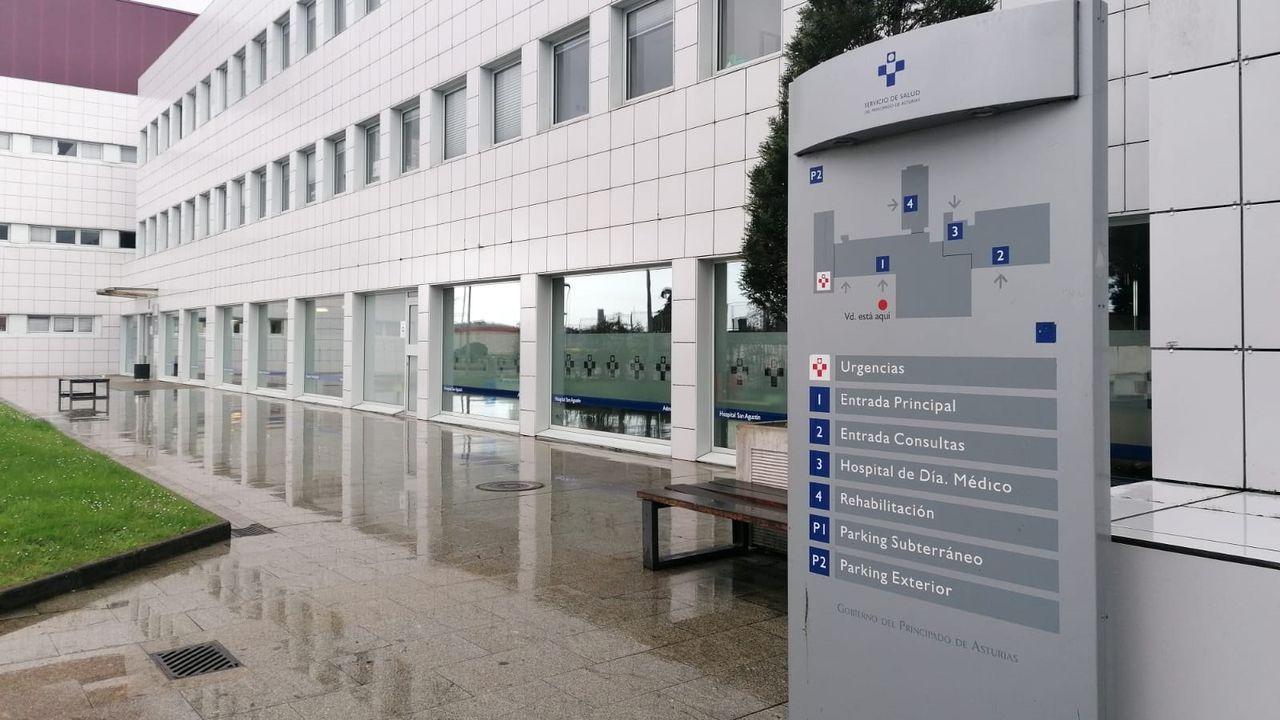 Concentración motera en Gijón.Hospital de San Agustín, en Avilés