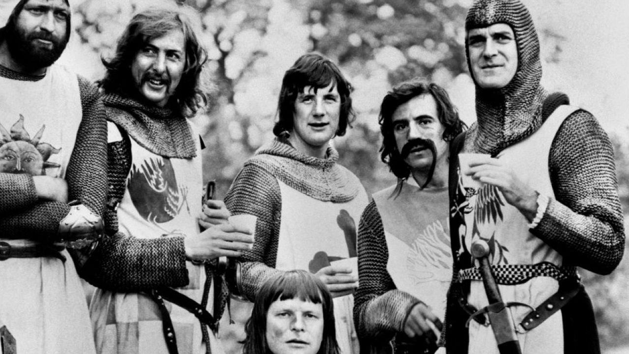 Adiós a Terry Jones, uno de los miembros de Monty Python.Miembros de los Ponty Phyton, en una escena de «La vida de Brian»